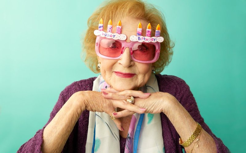 betty_white_takes_on_senior_living