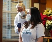 assisted-living-residents-get-covid19-vaccine