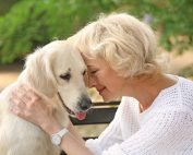 pet-therapy-benefits-senior-living-in-florida